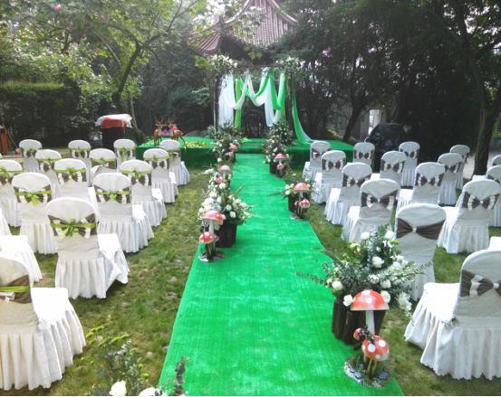 成都草坪婚礼预订攻略